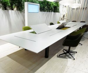 The versatile Kuubo office table
