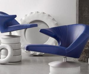 The Parabolica swivel armchair