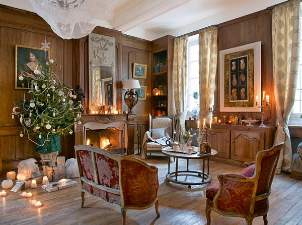 old house interior design.  The house where every day it s Christmas