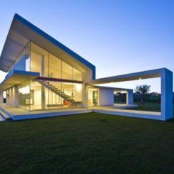 Amazing Villa By Architrend Architecture