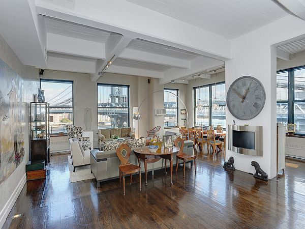 Spacious apartment in New York that offers amazing views ...