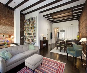 Peaceful Village Classic Apartment Downtown Manhattan
