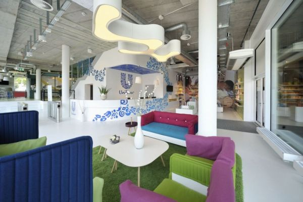 Fun and colorful unilever office in switzerland for Interesting office interiors