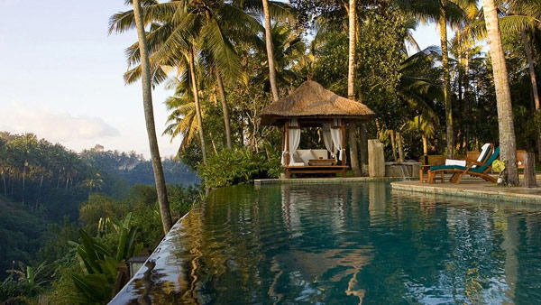 Top 9 best bali resort hotels for a perfect dream vacation for Bali indonesia hotels 5 star
