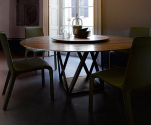 The stylish Tobu round table by Wolfgang C.R. Mezger