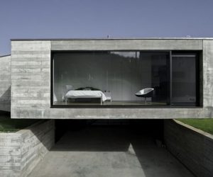 Residential House with 4 wings in Girona