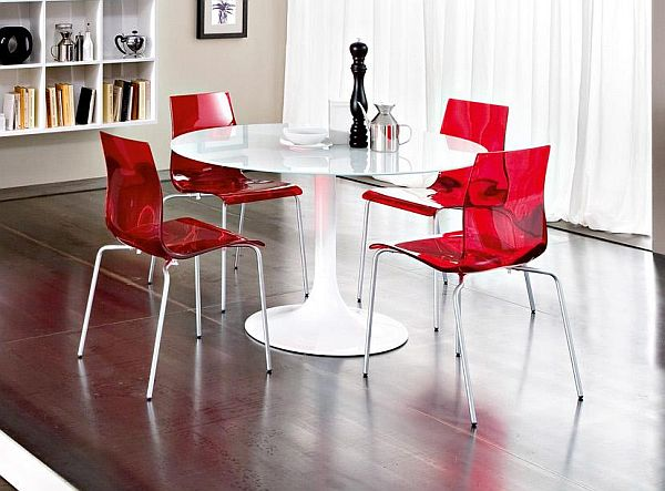 The Simple And Stylish Domitalia Corona Dining Set