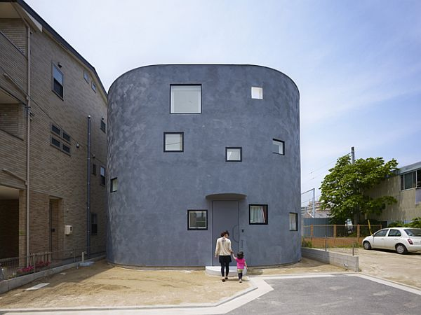 & Minimalist residential architectural style in Japan