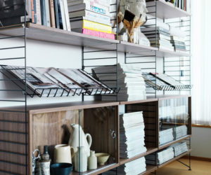 Simple and practical magazine shelving system