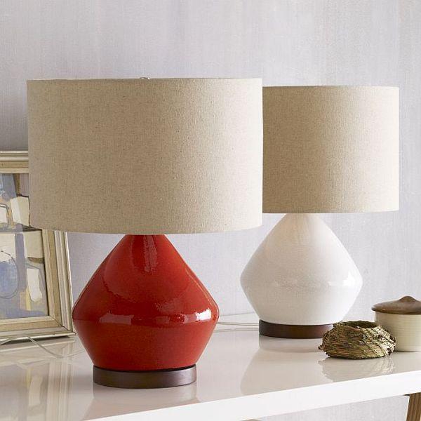 The stylish Mia table lamp