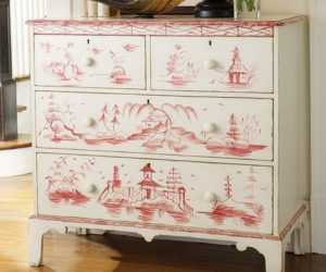 Somerset Bay Avon Decorated Chest With Dreamy Coastal Scenes