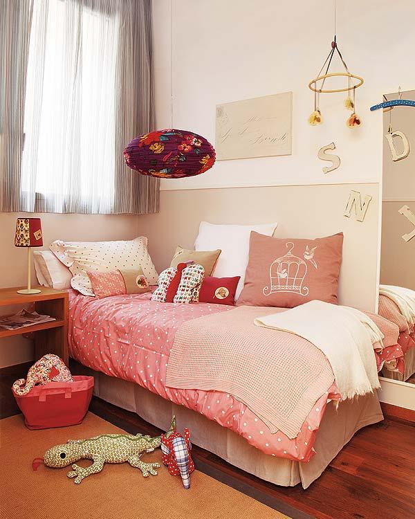 Barcelona Apartment View: Reinvented Interior Design Apartment In Barcelona