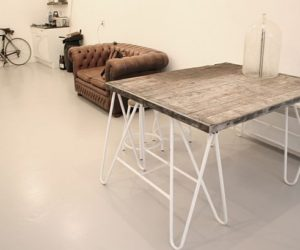 Elegant Minimalist Table By Lovely Label Nice Design