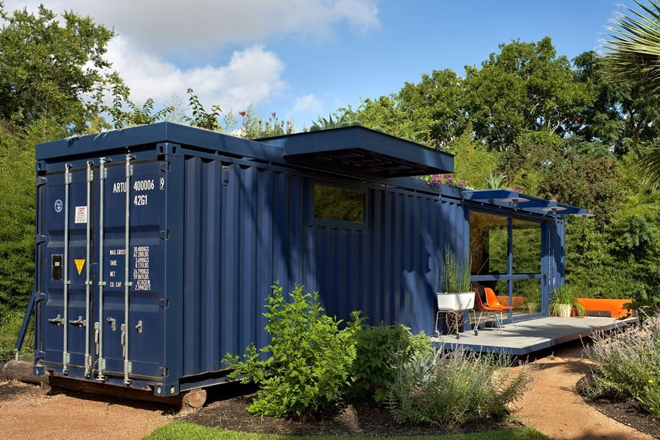 container guest house back - Blue House Design