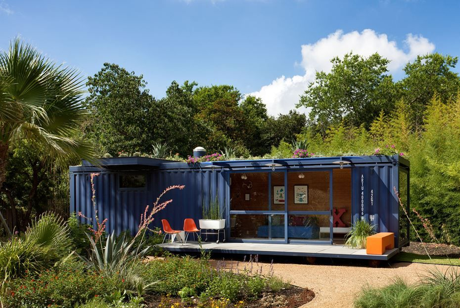 22 most beautiful houses made from shipping containers for Amenager un container