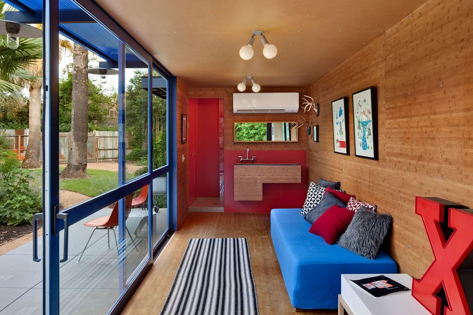 container guest house living room - Container Home Design Ideas