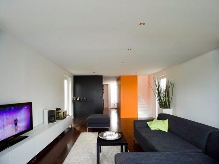 Eco-Friendly Crossbox House by CG Architectes Living