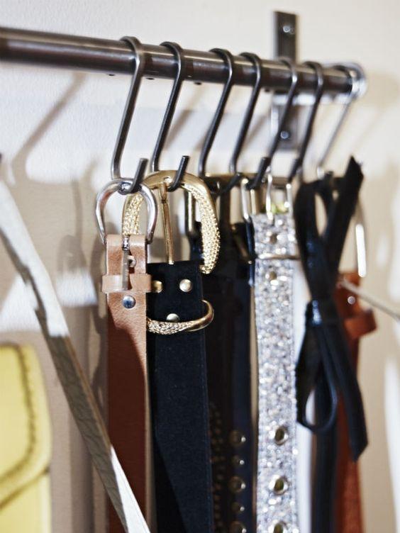 Grundtal rack for scarf storage