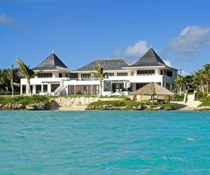 The luxurious Le Bleu villa