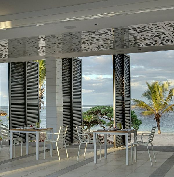 The luxurious long beach hotel in mauritius for Design hotel mauritius