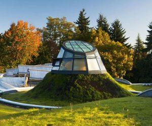 The new VanDusen Botanical Garden Visitor Centre by Perkins+Will