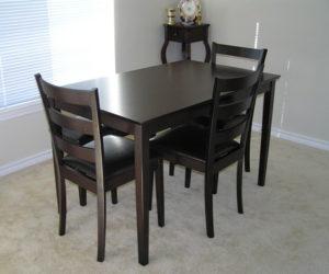 Elegant 5-piece dining furniture set