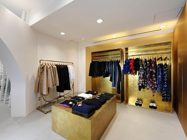 Dover street market shop interior design in tokyo for Boutique interior design
