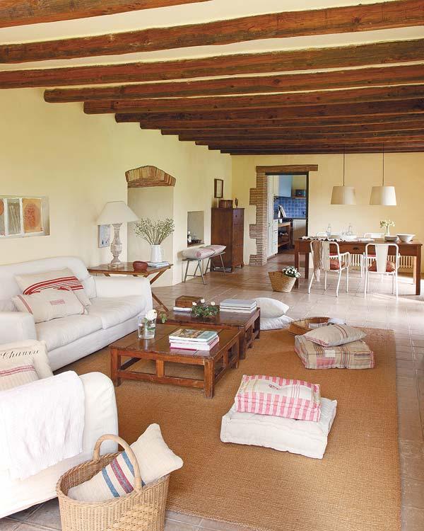 Rustically renovated farmhouse by jorge moser - Decoracion casas de madera ...
