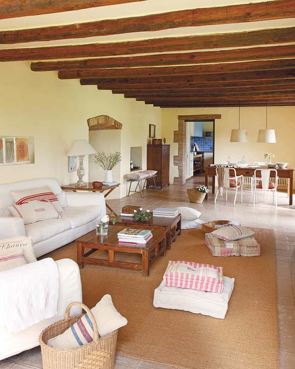 Rustically renovated farmhouse by jorge moser - Casa de campo decoracion interior ...