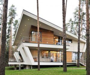 House into the forest near Moscow
