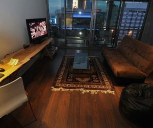 Eclectic small studio apartment by Ike Bahadourian