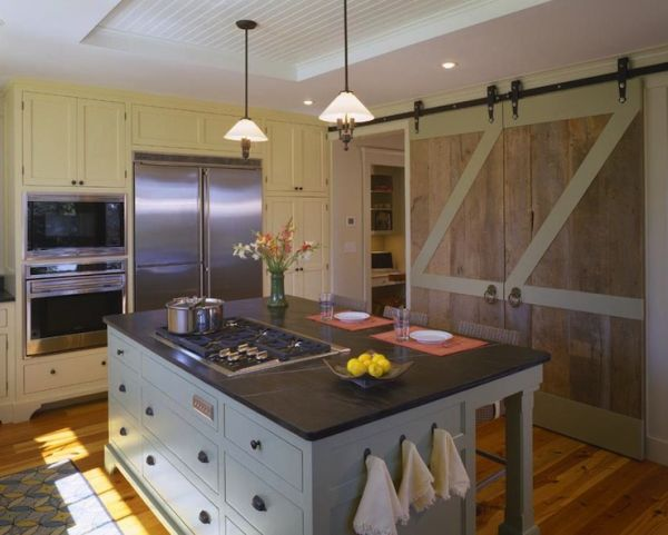 Ways In Which You Can Creatively Incorporate Barn Doors Into Your