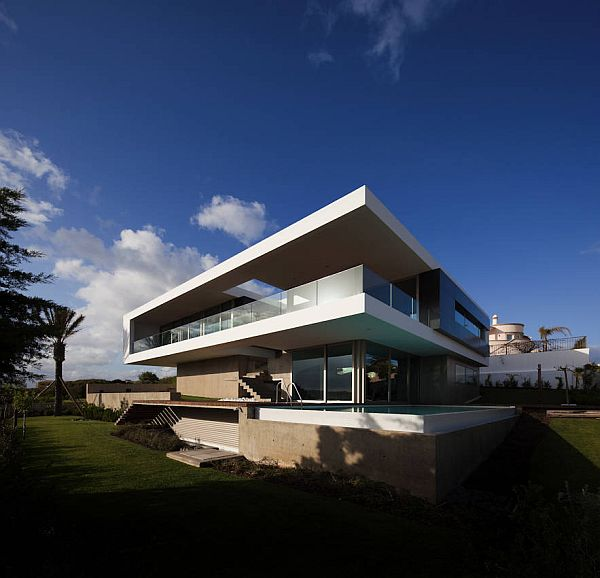 Ocean view house in lagos portugal for Ocean view home plans