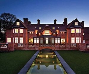 Luxurious property in Hampstead, United Kingdom