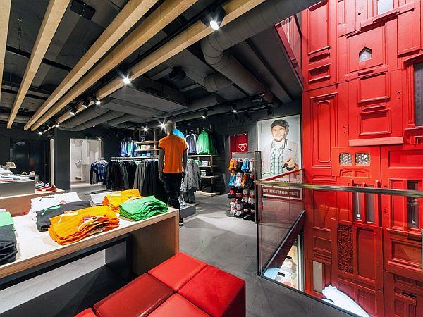 thiết kế shop thời trang tiết kiệm Puma 2