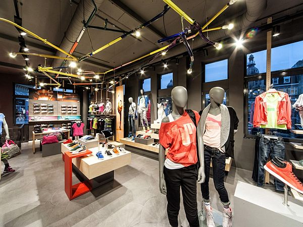thiết kế shop thời trang tiết kiệm Puma 5