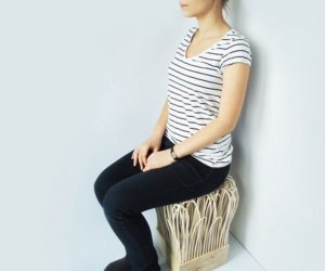 Chair made with rattan sticks weights less then 1 kg