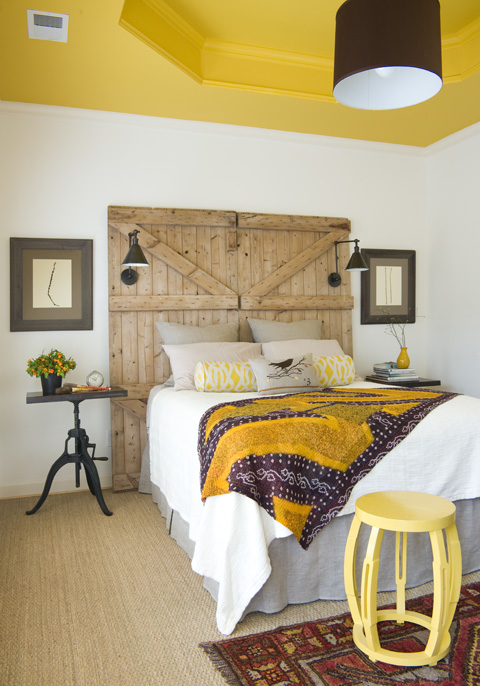 Old Barn Doors Decoration ways in which you can creatively incorporate barn doors into your