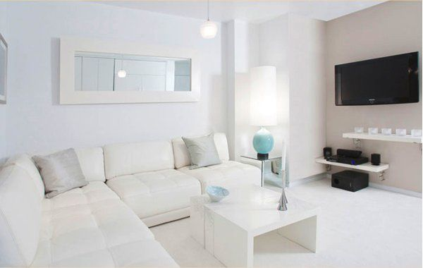 Pure white interior design ideas for White interior design living room