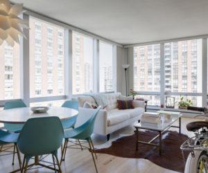Inviting 800 square feet Gold Coast home