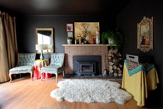 Black Walls 4 tips on how to use black walls inside your home
