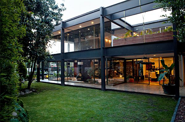 Three bedroom contemporary residence in mexico city for Industrial modern homes for sale