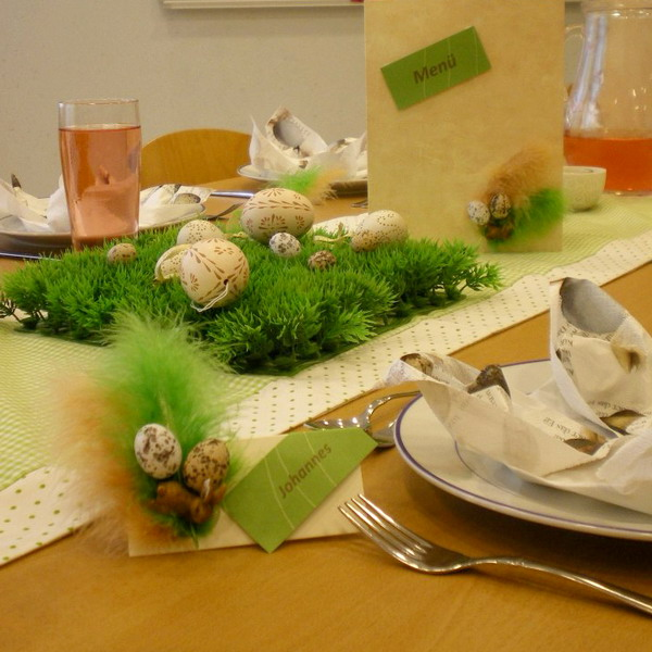 Inspiring d cor ideas for the easter table for How to make easter decorations for the home