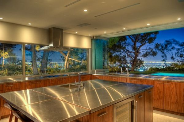 5 Amazing Kitchens With Stunning Views