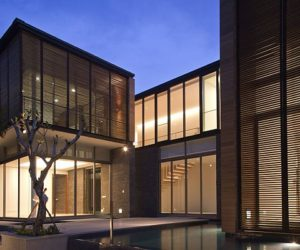 Contemporary family house in Singapore by AR43 Architecture