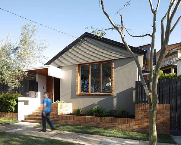 Beautiful small and cozy mountford road house for Gorgeous small homes
