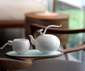 Stylish and delicate tea sets by Heinrich Wang