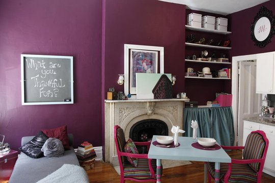 Shade Of Plum For Walls In A Tiny New York Apartment