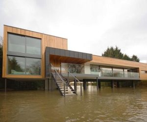 River contemporary Hind house near Wargrave