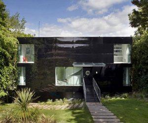 Modern four bedroom family house in UK